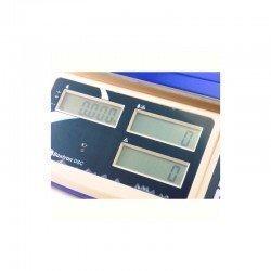 Detalle de las 3 pantallas de la balanza cuentapiezas DSC